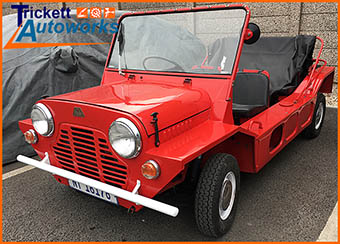 Classic Car - Mini Moke